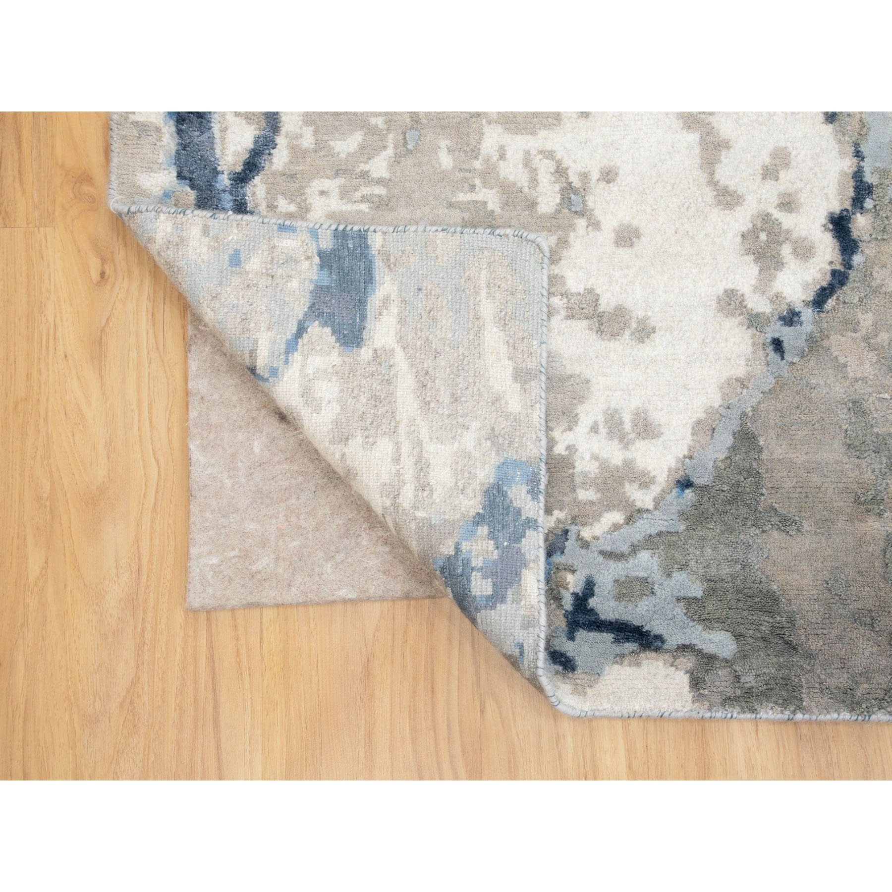 """9'x11'10"""" Abstract Design Wool And Silk Hi-low Pile Hand Knotted Oriental Rug"""
