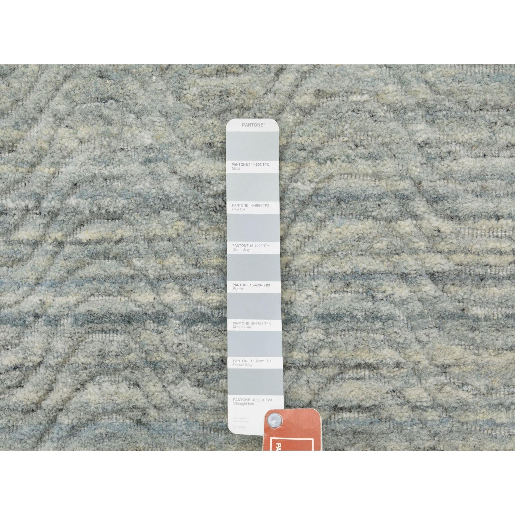 "2'6""x7'10"" Green Variegated Design Hand Loomed Pure Wool Modern Runner Oriental Rug"