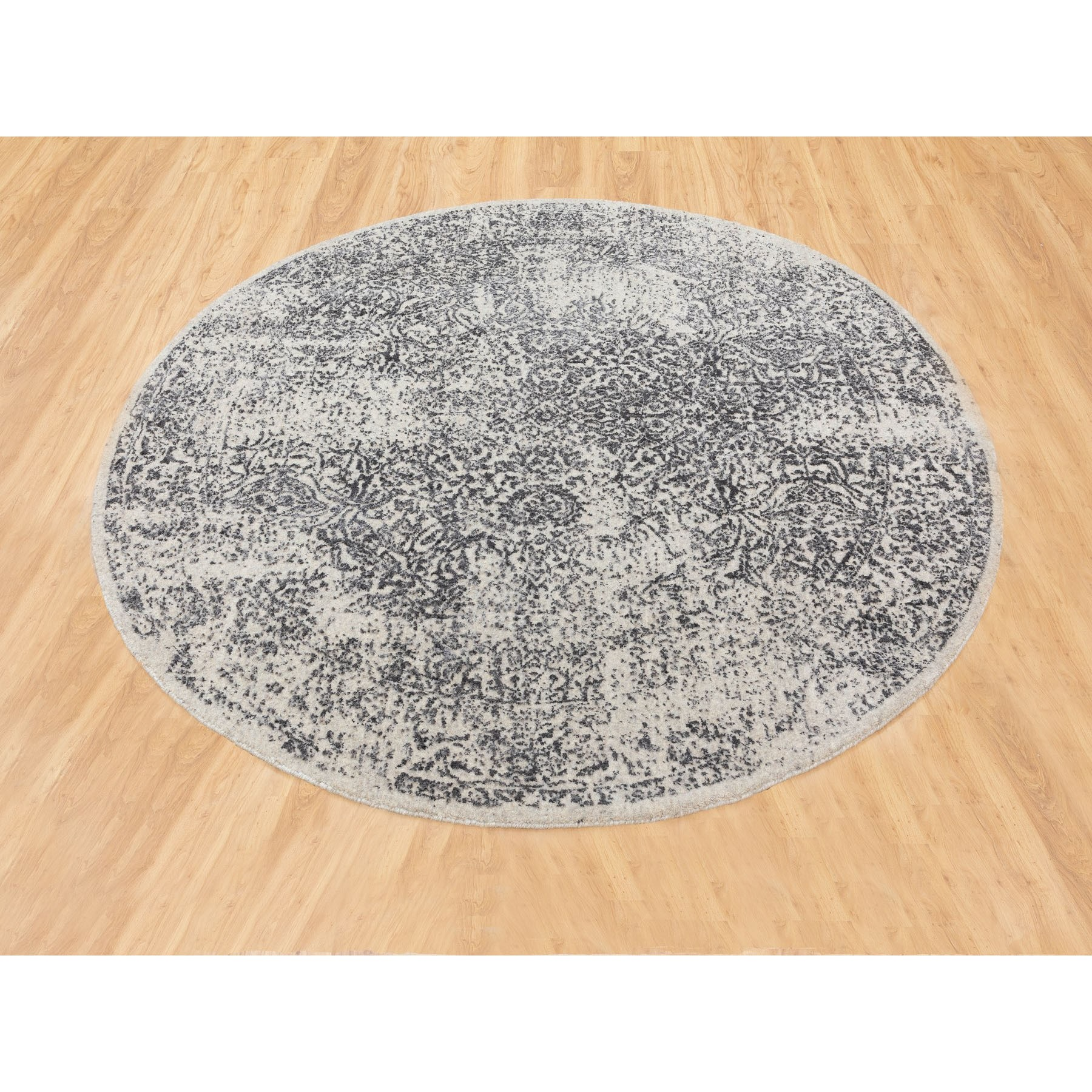"5'10""x5'10"" Round Fine jacquard Hand Loomed Erased Design Wool And Silk Oriental Rug"