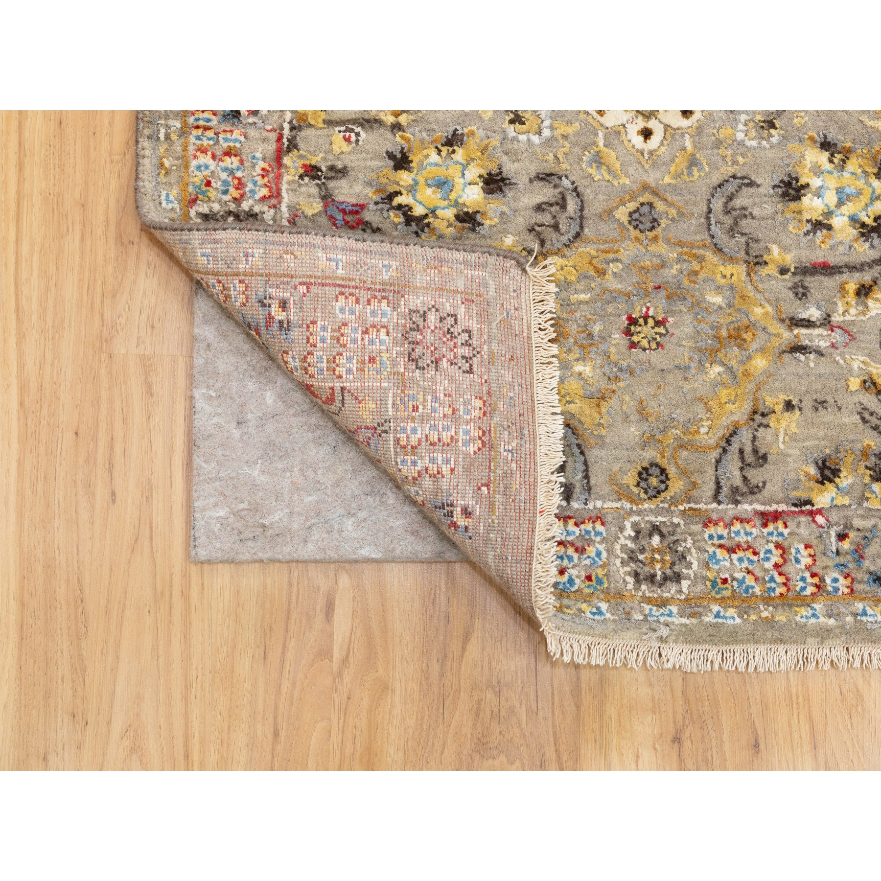 """2'8""""x7'10"""" THE SUNSET ROSETTES Wool And Pure Silk Runner Hand Knotted Oriental Rug"""