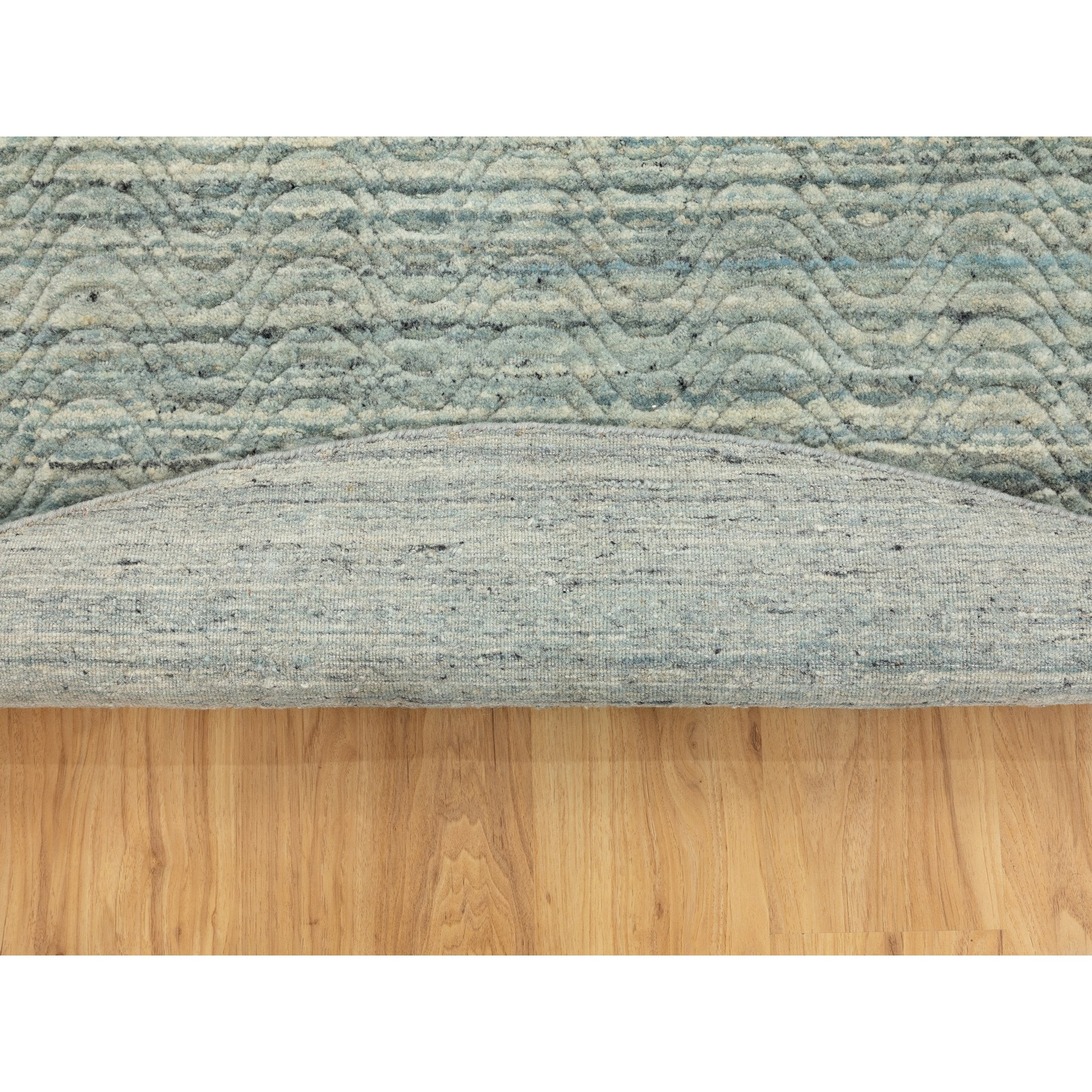 "7'8""x7'8"" Green Hand Loomed Variegated Design Textured Wool Modern Round Rug"