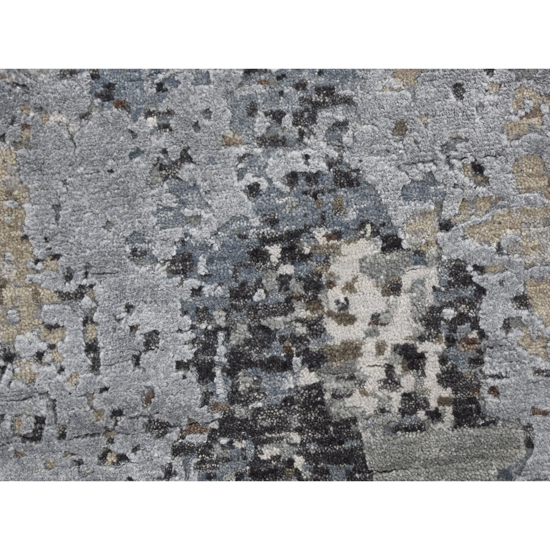 8'x8' Taupe Round Abstract Design Wool And Silk Hi-Low Pile Denser Weave Hand Knotted Oriental Rug