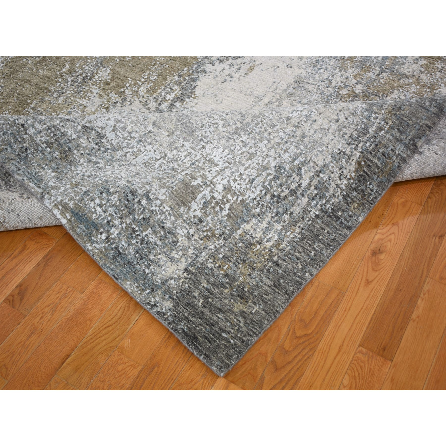 "7'10""x10'  Gray Abstract Design Wool And Silk Hi-Low Pile Denser Weave Hand Knotted Oriental Rug"