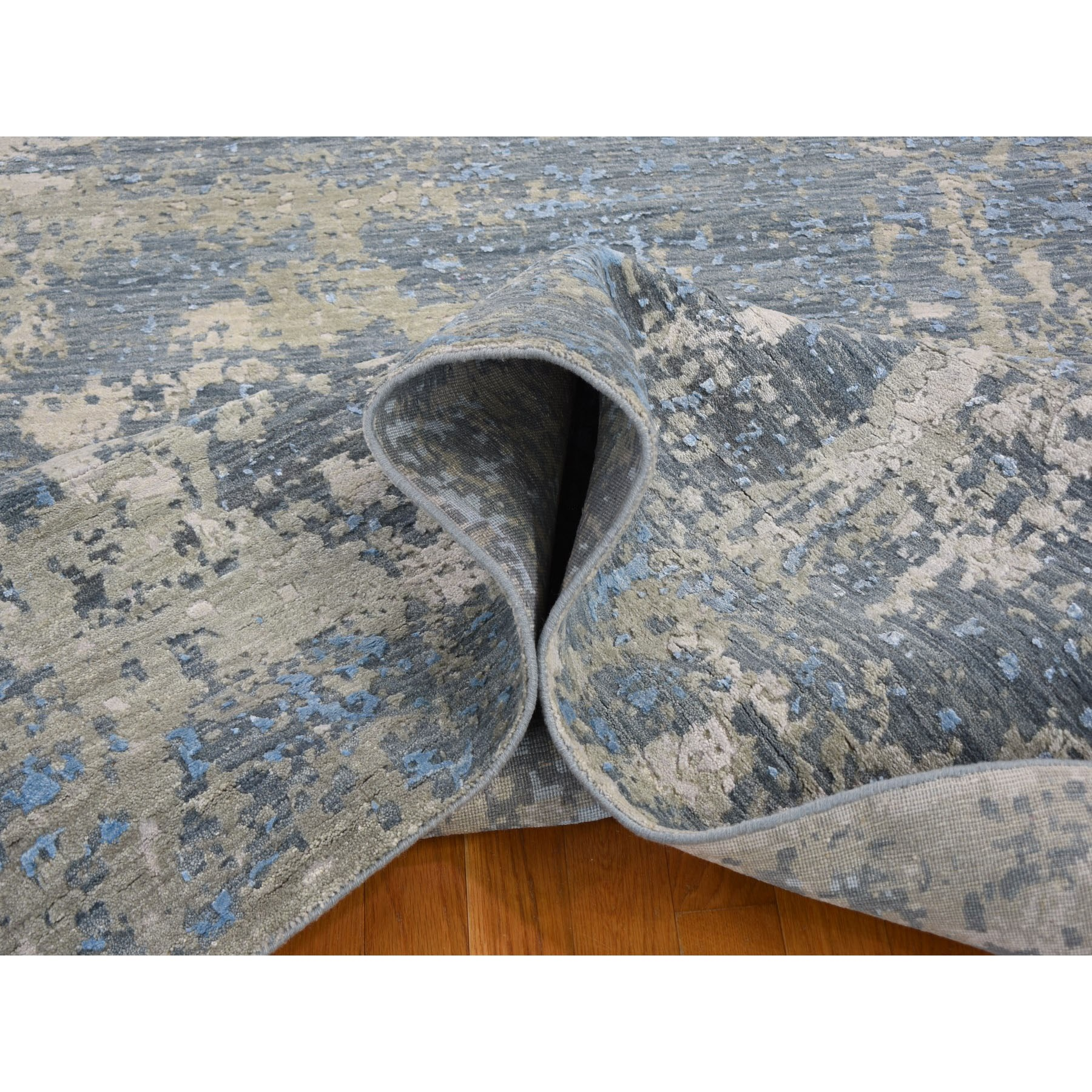 "9'x12'4"" Gray Abstract Design Wool And Silk Hi-Low Pile Denser Weave Hand Knotted Oriental Rug"