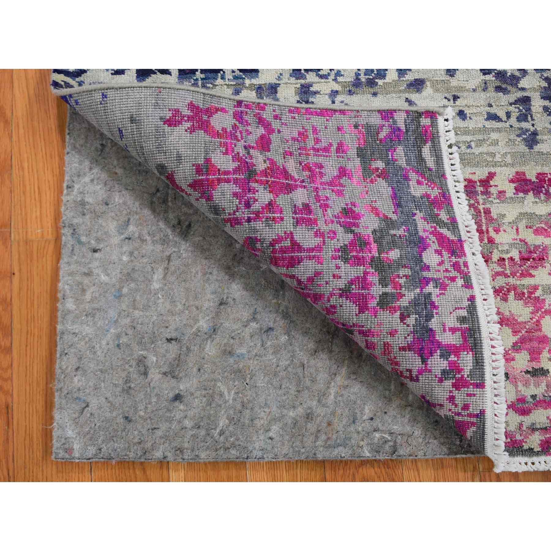 2'x2' Sample Gray Sari Silk With Textured Wool Hand Knotted Oriental Rug
