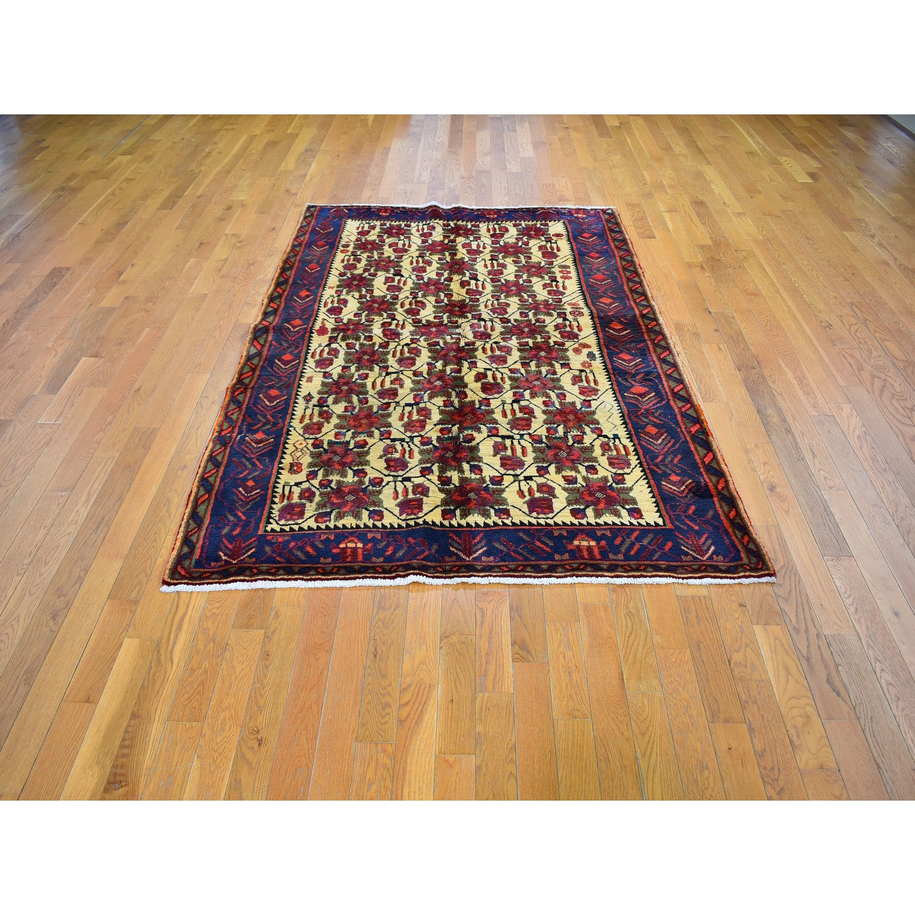 "5'1""x8' Vintage Persian Karabakh Good Condition Ivory Flower Repetitive Design Hand Knotted Oriental Rug"