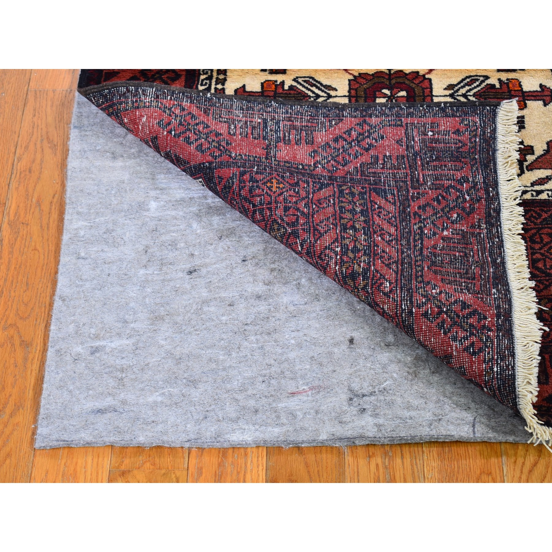 """2'8""""x4'7"""" Ivory Vintage Persian Baluch with Bird Figurines Pure Wool Hand Knotted Oriental Rug"""
