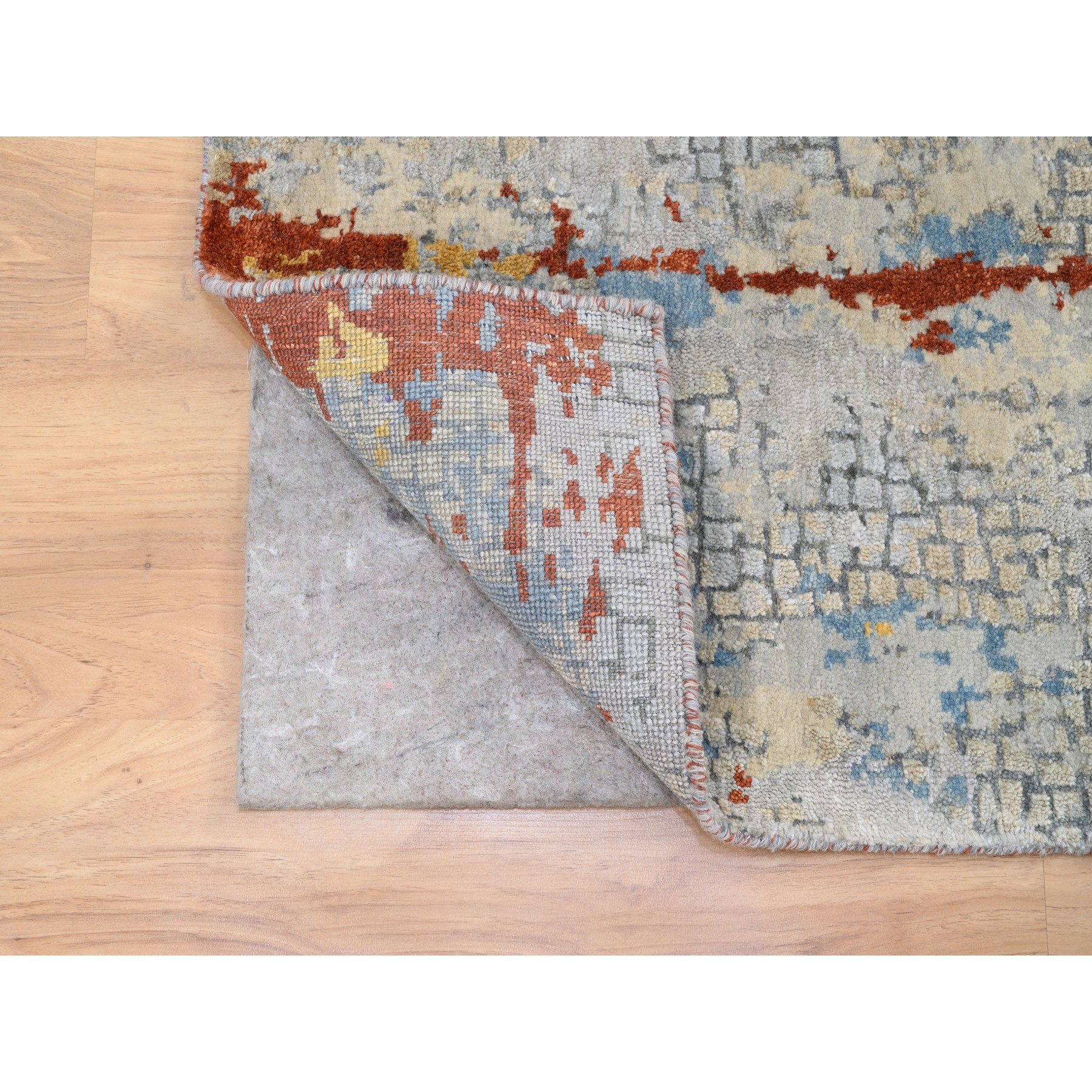 """2'6""""x5'10"""" Wool and Silk Abstract with Fire Mosaic Design Hand Knotted Oriental Runner Rug"""