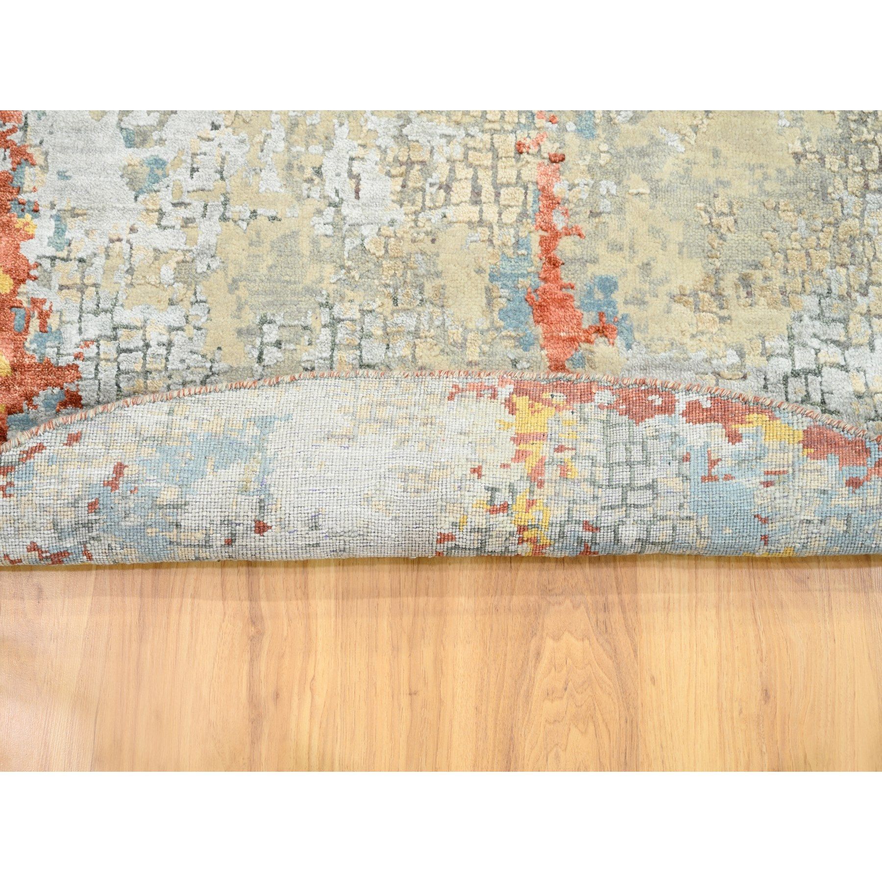 5'x5' Round Wool And Silk Abstract With Fire Mosaic Design Hand Knotted Oriental Rug