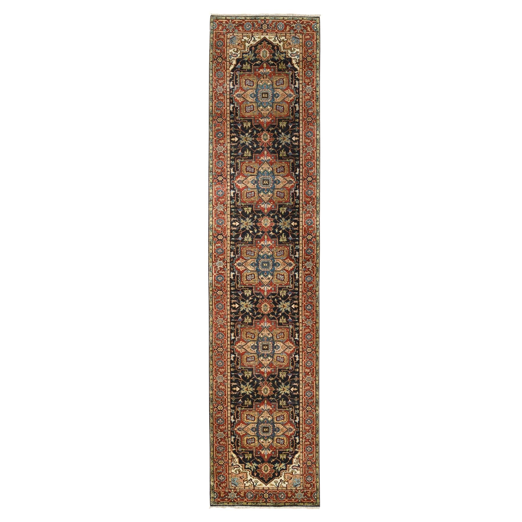 Serapi Heriz and Bakhshayesh Collection Hand Knotted Black Rug No: 1125926
