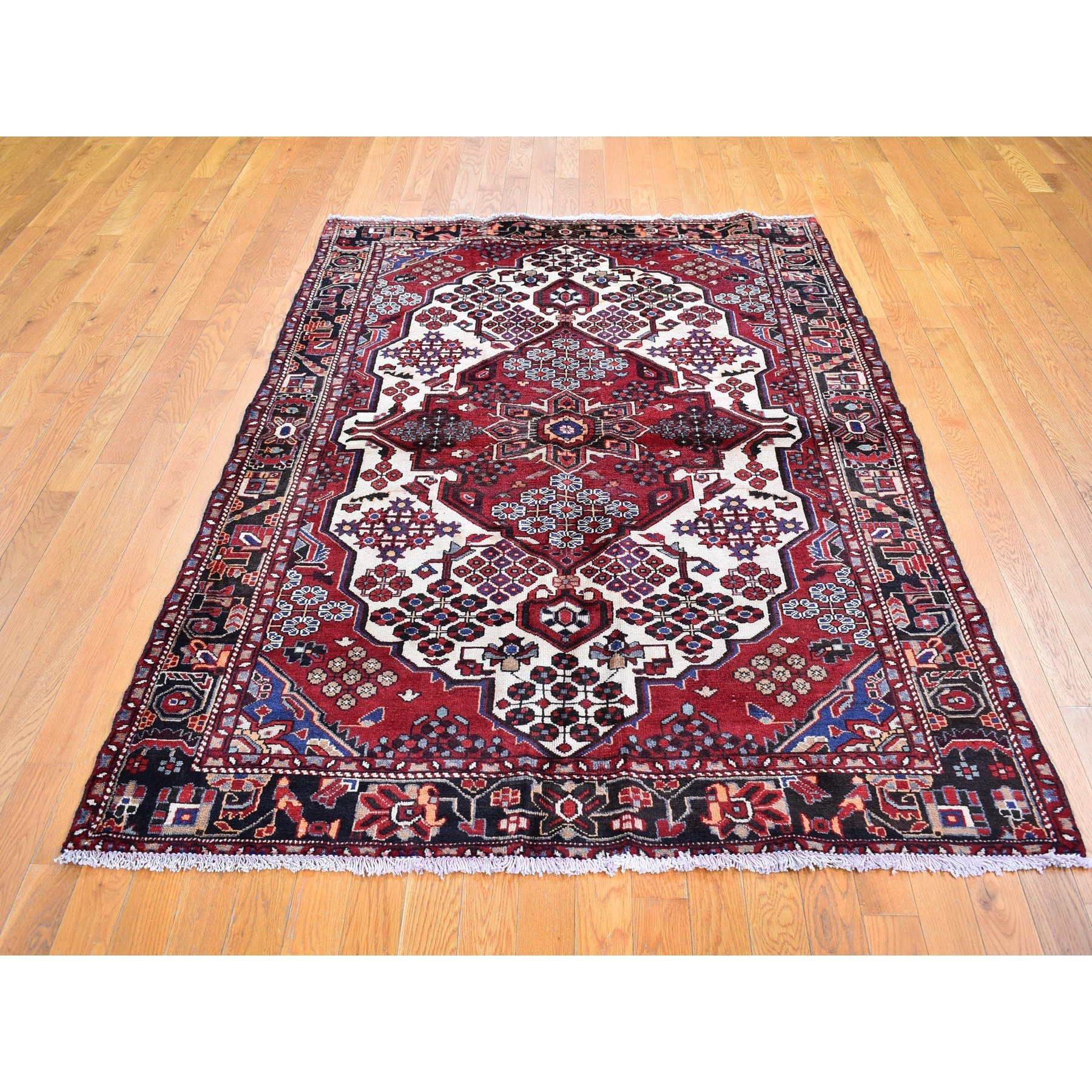 "5'1""x7'2"" Vintage Persian Hamadan Ivory with Flower Bouquet Design Pure Wool Hand Knotted Oriental Rug"