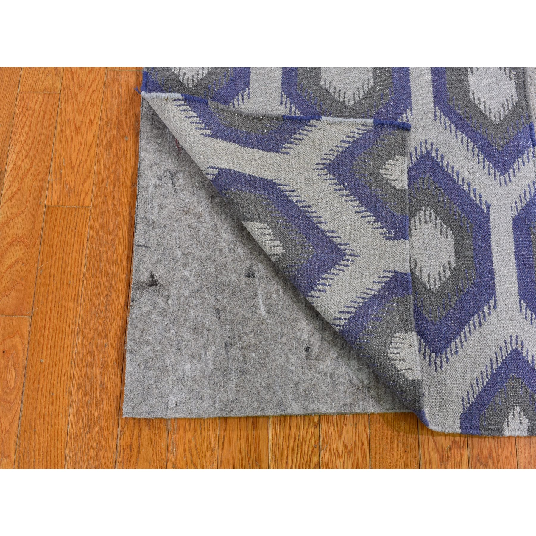 "2'5""x6' Pure Wool Reversible Kilim Flat Weave Chalk Violet Hand Woven Diamond Shape Wide Runner Oriental Rug"