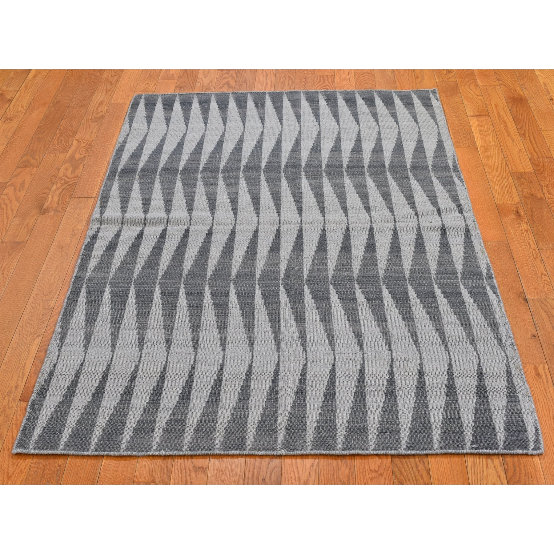 "4'x5'10"" Charcoal Gray Pure Wool Reversible Geometric Design Kilim Flat Weave Hand Woven Oriental Rug"